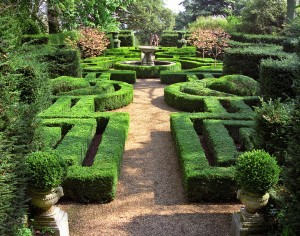 Ascott House Gardens, Buckinghamshire