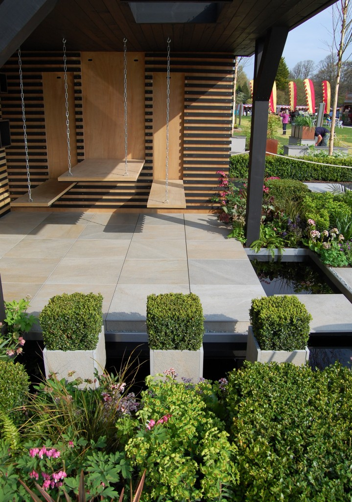 A focus on Robert Hughes Garden Design 2