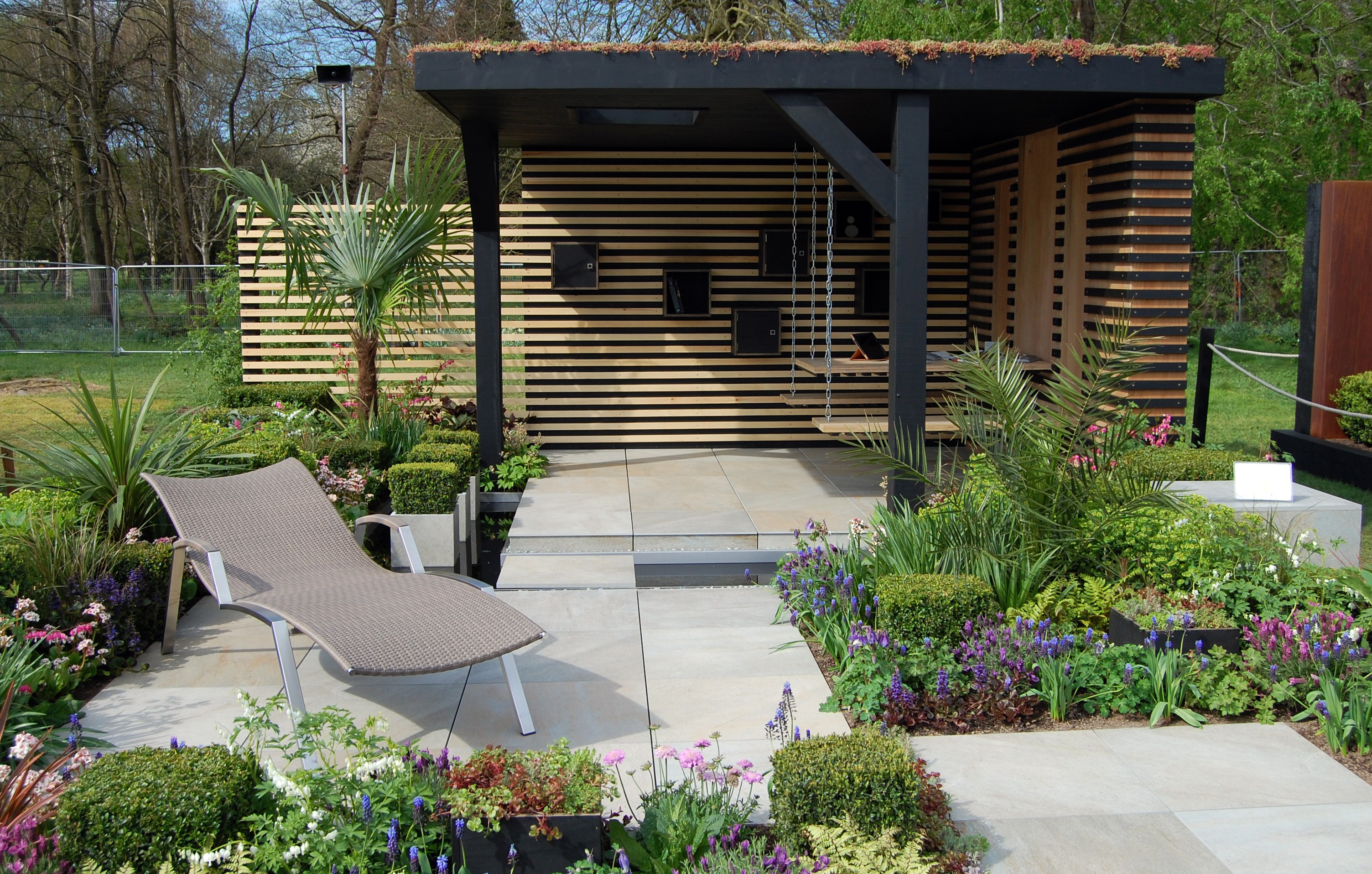 A focus on Robert Hughes Garden Design